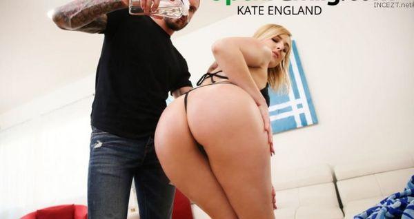 Kate England Bangs Her Sister's Man HD