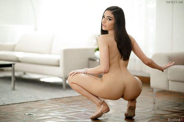 Emily Willis 4