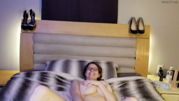 My First Anal With Son – KCupQueen HD