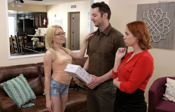 Edyn Blair & Katie Kush – Special Delivery HD [Untouched 1080p]