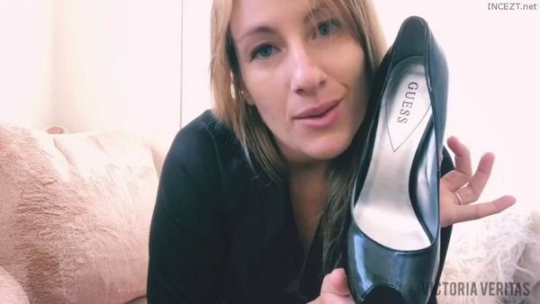 Mommy's Foot Pervert and Ass Sniffer – VictoriaVeritas HD