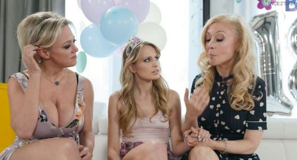 Scarlett Sage, Nina Hartley & Dee Williams – Our Family Tradition HD [Untouched 1080p]